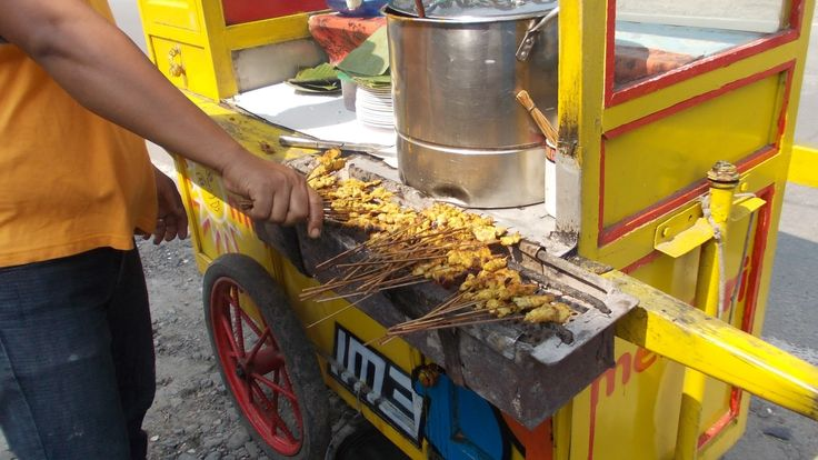 Satay Padang's  / Sate Padang's  meat is grilled with charcoal to make it tastes the best !
