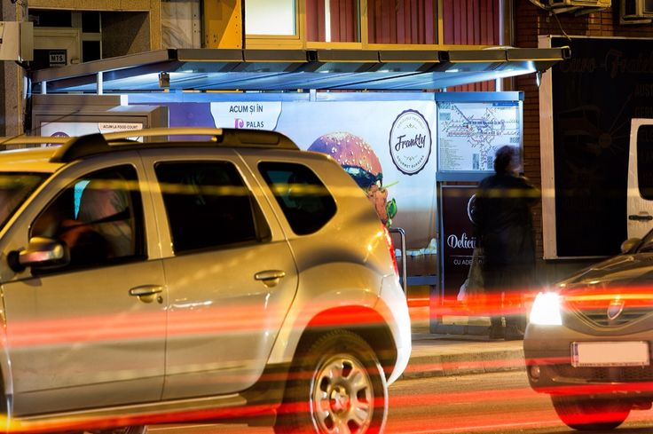 Frankly Burgers - Delicii culinare cu adevarat urbane Transit Shelters @ Wink