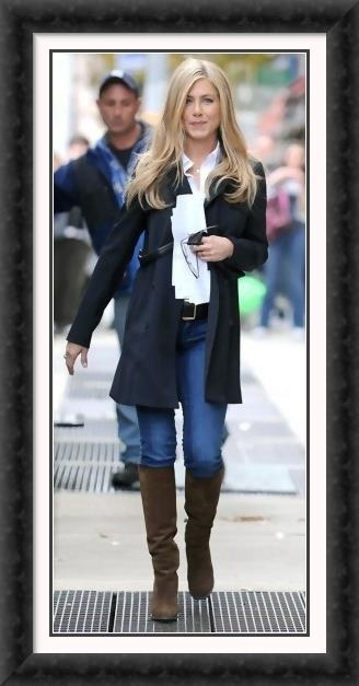 Jennifer Anniston style = classic day look! We have this look for less!