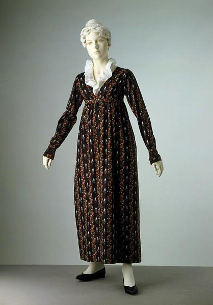 English dress, V&A, 1810.