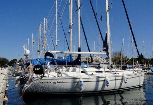 Book your Elan 333- Croatia Yacht Charter Now in 496,00 €!