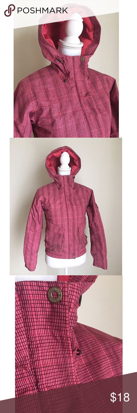 Columbia Warm Coat ✨ Columbia Coat - Warm & weatherproof - Striped design throughout - Perfect condition -Price is FIRM, retails for over $200 ⚜ Size XS Columbia Jackets & Coats