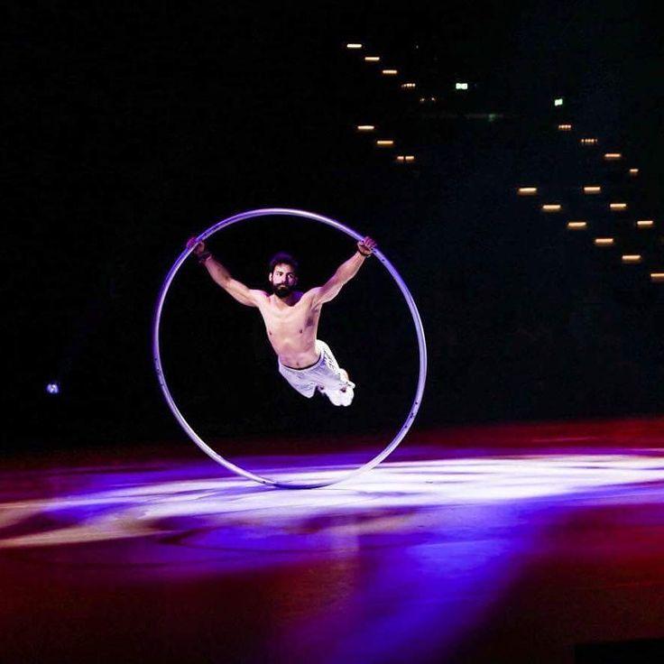 "Gefällt 140 Mal, 8 Kommentare - Guillaume Juncar (@guillaumejuncar) auf Instagram: ""#rehearsal time in #Gigantium for the #dgilandsstævne Aalborg 2017. 🙏 #show #cyrwheel #circus…"""
