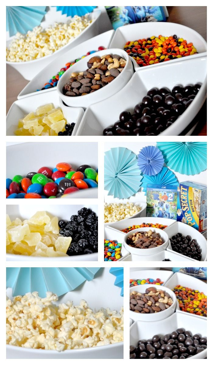 Make your movie night at home special with a fun popcorn bar! Our's was for Rio 2, so we have Blu's favorite blueberries! {The Love Nerds} #...