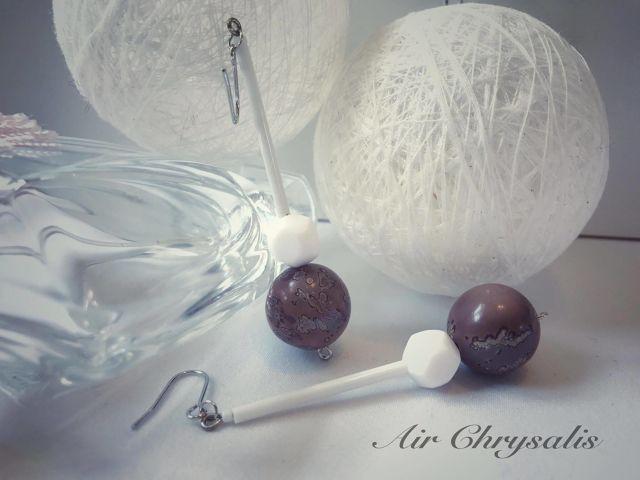 #onsalenow #shopping #airchrysalis 樹脂ビーズ、天然石を利用し、作った 『Winter Sakura』というピアスです。 オンラインショップ--> airchrysalis.theshop.jp iichi.com/shop/airchrysalis インスタで、お申し込み方法は 商品の写真のコメント欄にて申し込下さい。 先着順で購入者決定します。 決定しましたら、画�像を消去します。 その後は、キャンセル不可です。 お支払いはゆうちょ銀行への振り込みのみ 商品の金額は3500円 プラス送料 #ヴィンテージ #レトロ #アンティーク #ハンドメイド #ハンドメイドアクセサリー #イヤリング #ピアス #ファッション #stcat風 #earrings #handmade #fashion #fashionista #love #pretty #instagood #instalike #photooftheday #tokyo #japan #日本 #東京 #newarrivals #baseec
