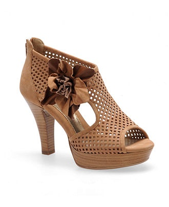 I'm drooling...:): Malo Booty, Hot Shoes, Sofft St., Fashion Passion, Malo Sandals, Woman Shoes, Women Sofft, Sofft Shoes, Products