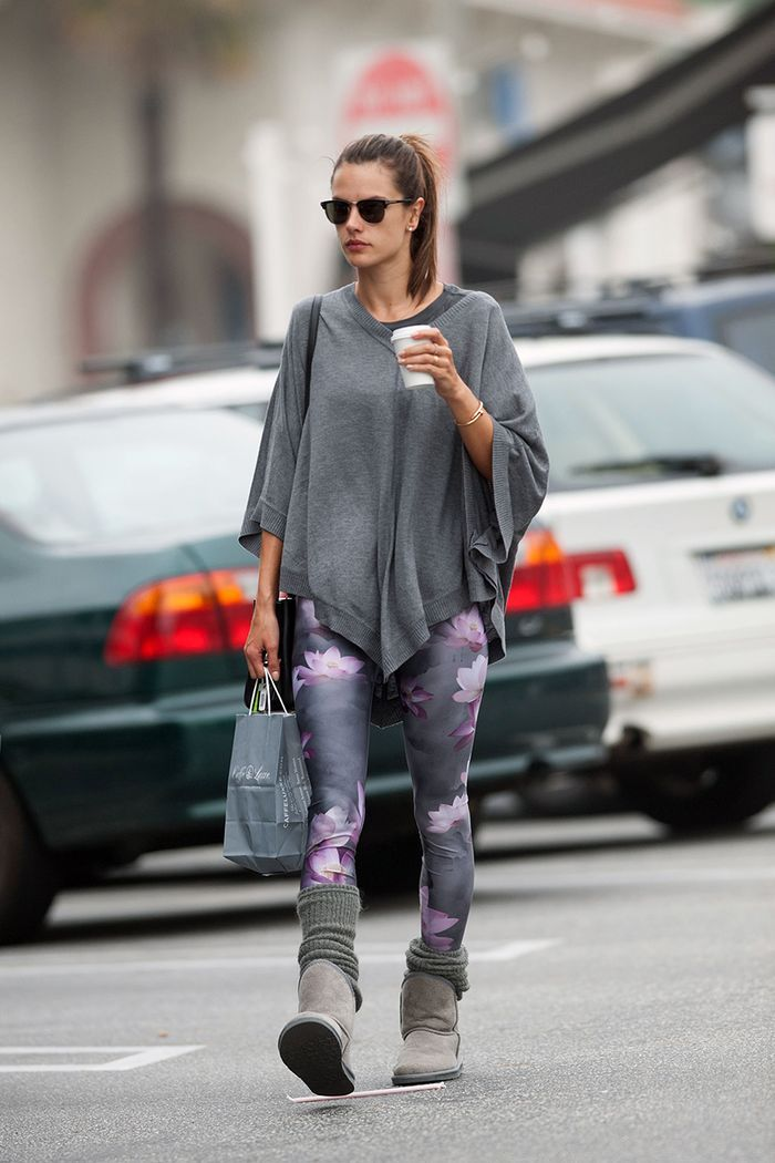 How to Wear Leggings in the Winter - Celebrities in