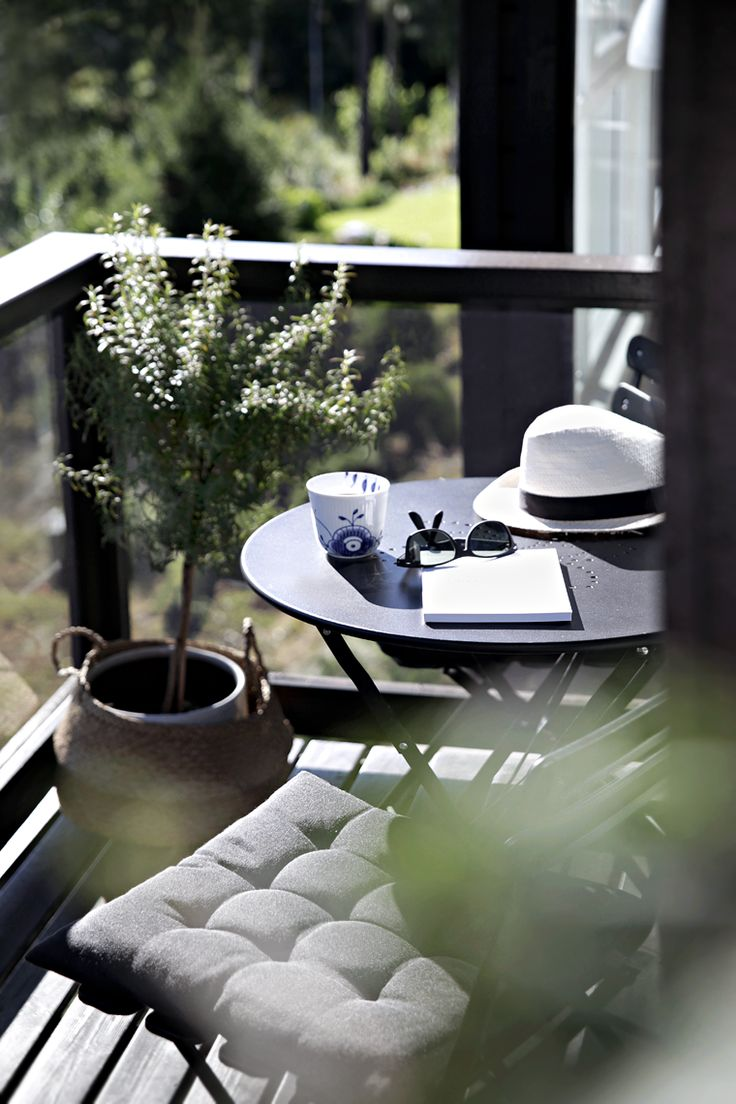 Essentials to create a warm space on your LIV Apartment balcony.
