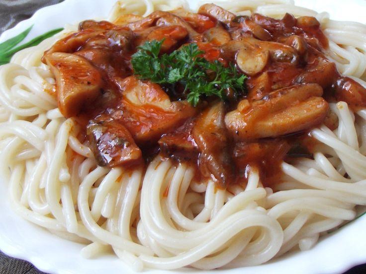 Spaghete cu sos de ciuperci - CAIETUL CU RETETE