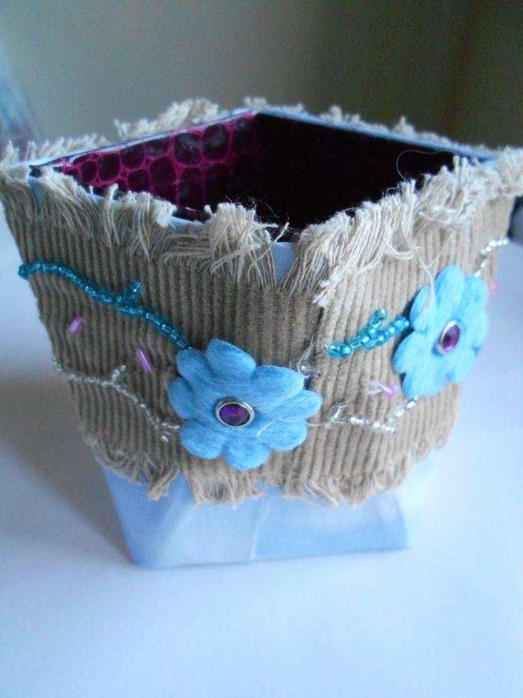 Pot à crayons tourné tissu et papier : Meubles et rangements par toutankharton36