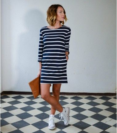 Robe marinière en coton - Très droite mais pas longue - Manches longues ou courtes pas bretelles - Blanche et noire / Blanche et bleue