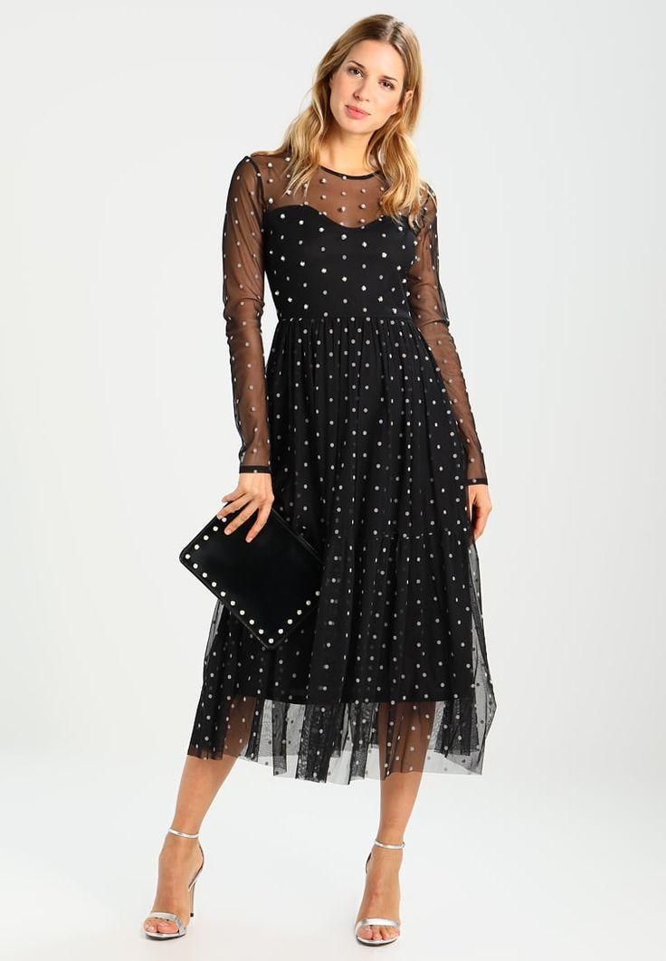 Piękna sukienka! Czarna sukienka w kropki  #sukienka #sukienkanawesele #czarnasukienka #sukienkanasylwestra #fashion #moda #dress #blackdress #nyedress #sukienkawkropki #style #vestidos