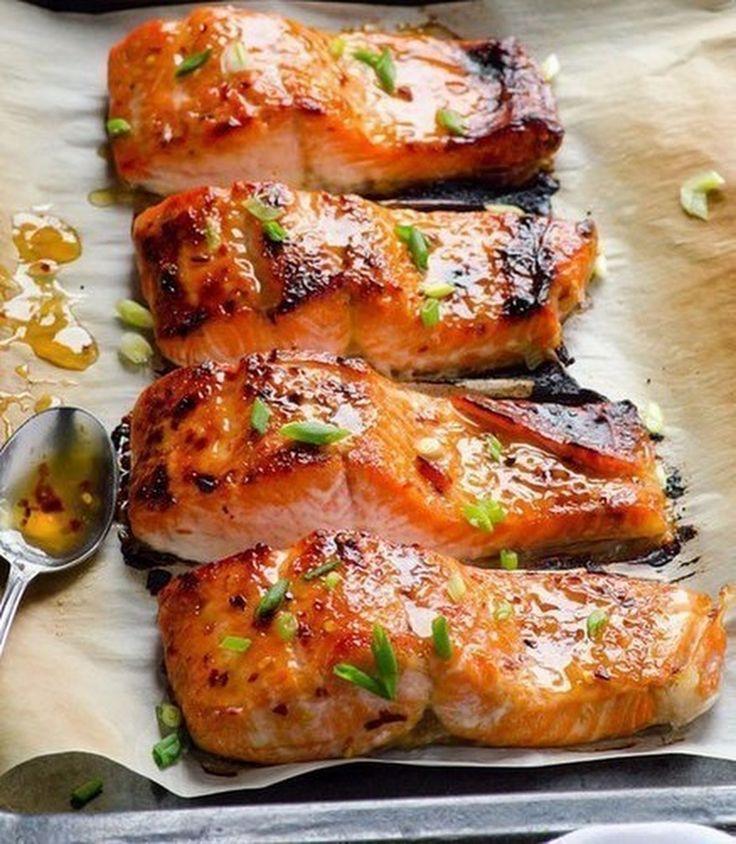 """""""Рыба запеченная в фольге"""" Не обыкновенный вкус запеченной рыбы. Рецепт здесь: http://gotovimdomaselenoy.ru/ryiba-zapechennaya-v-folge/ - Елена Рекова - Google+"""