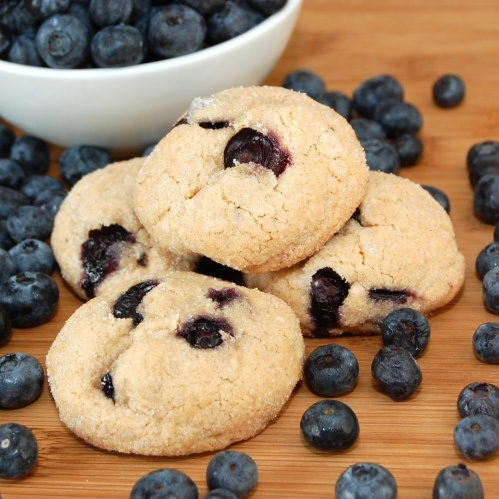 Brown Sugar Blueberry Cookies by sweetpeaskitchen: Peas Kitchens, Brown Sugar, Cookies Sweetpeaskitchen, Blueberry Cookies, Blueberries Baking, Cookies Recipes, Blueberries Cookies Y, Sugar Blueberries, Yummy Treats