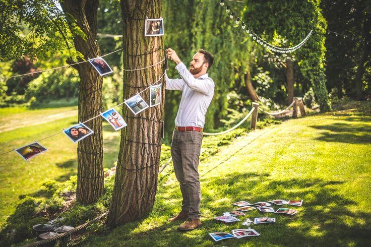 Dekoracja ze zdjęć Pary Młodej / Decorate with photos of the Bride and Groom #decoration #wedding #photo #rustic #garden
