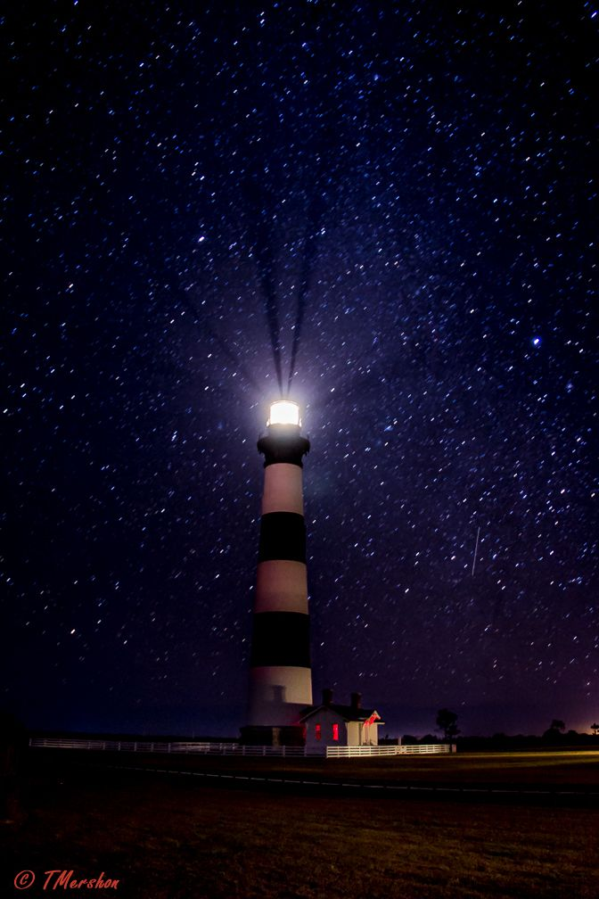 A night with the stars at Bodie Island Light in the Outer ...