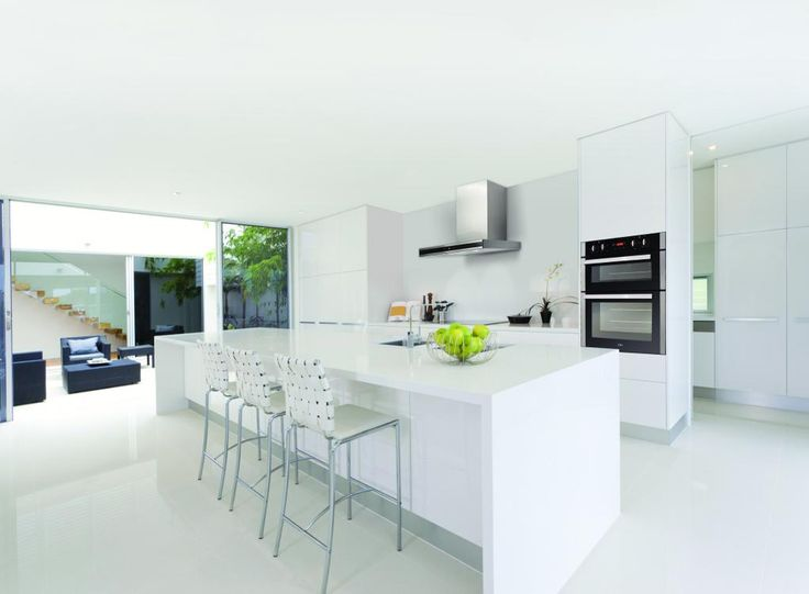 corian-arbeitsplatte-preis-bauhaus-look-stil-fr-kche-mit-glass - kche modern