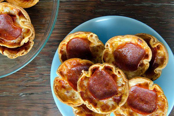 Atıştırmalık Minik Pizzalar #yemektarifi #pratiktarifler #yemektarifleri #pratikyemektarifleri
