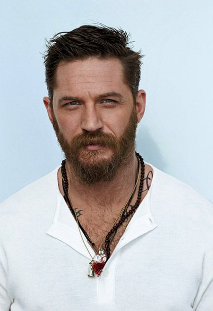 Tom Hardy: He know how to look the simple look with couple  muli necklaces --- Artune Jewelry #ArtuneJewelry