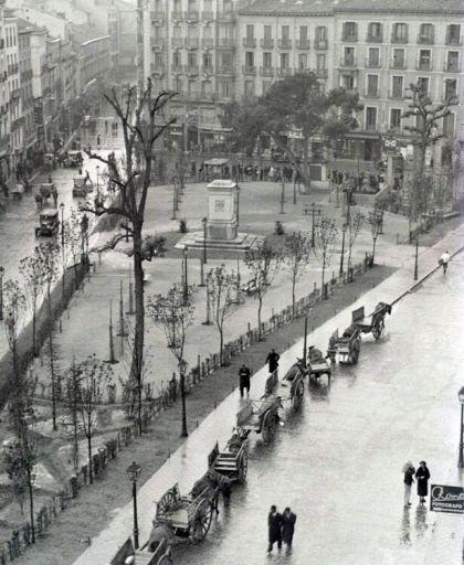 Madrid antiguo: Plaza Tirso de Molina (años 30)/ Old Madrid: Tirso de Molina Square (30`s)