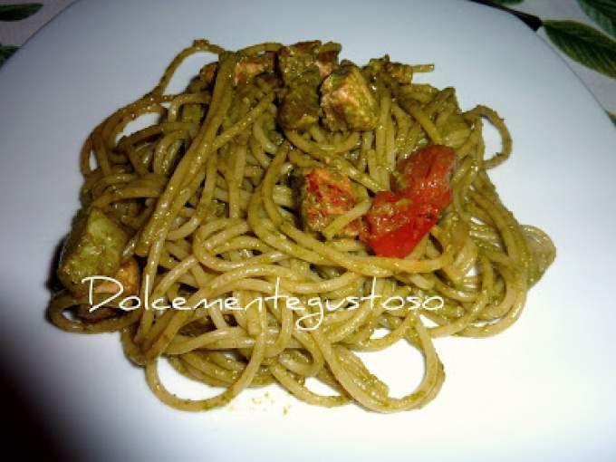 Ricetta Portata principale : Spaghetti con pesto pesce spada e zucchine da Patry