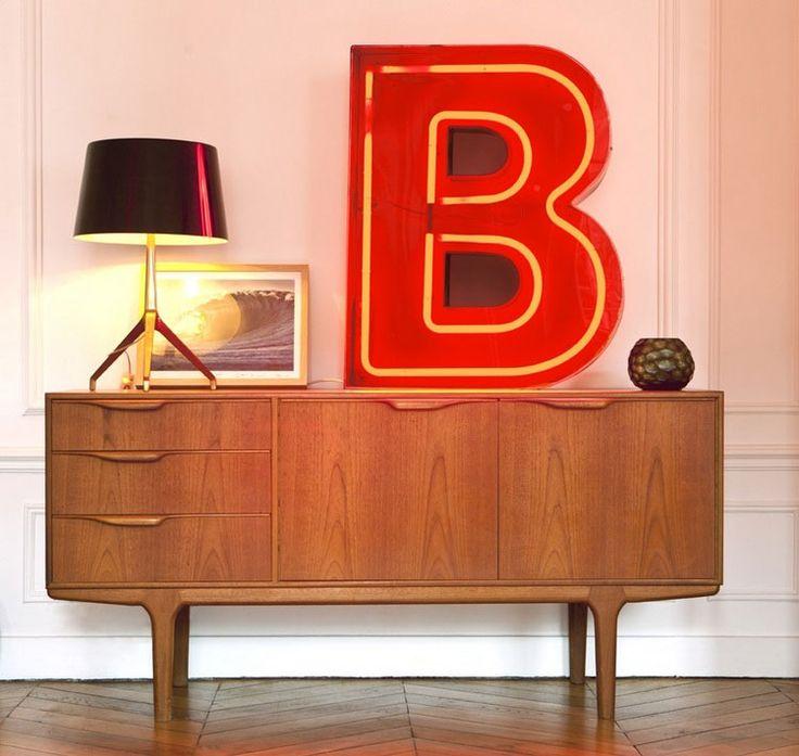 les 12 meilleures images du tableau lettre lumineuse sur pinterest lettres lumineuses lettres. Black Bedroom Furniture Sets. Home Design Ideas