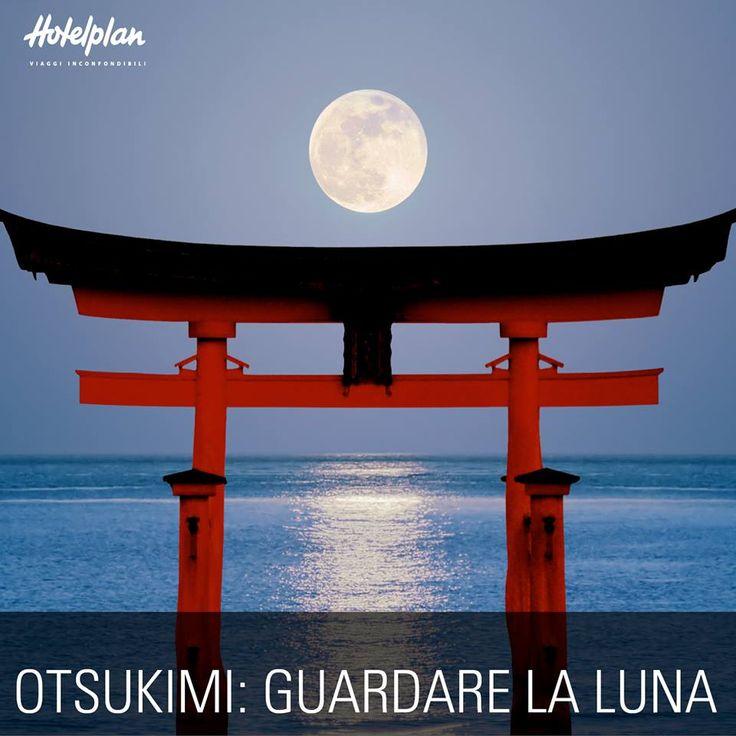 Come si festeggia l'autunno in Giappone? La festa Otsukimi (guardare la luna) si celebra all'inizio della stagione. Si preparano 12 tsukimi, gnocchi di riso impilati a piramide accanto alla finestra. Tutta la famiglia si raccoglie in contemplazione dell'astro portafortuna ed esprime un desiderio.