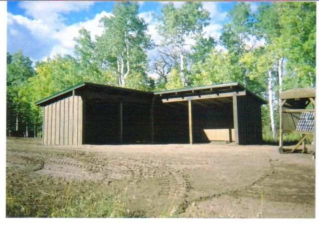 1000 images about horse shelter on pinterest goat barn for L shaped shed