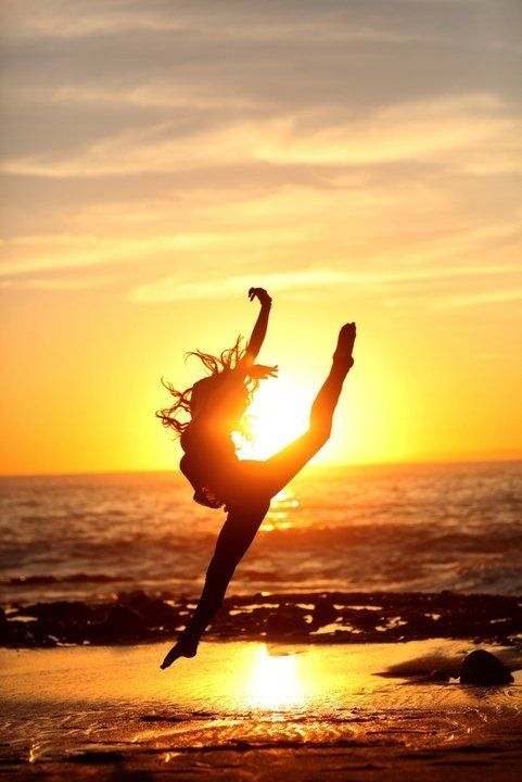 What's the best way to watch a summer sunset? With a dancer in front of it of course!