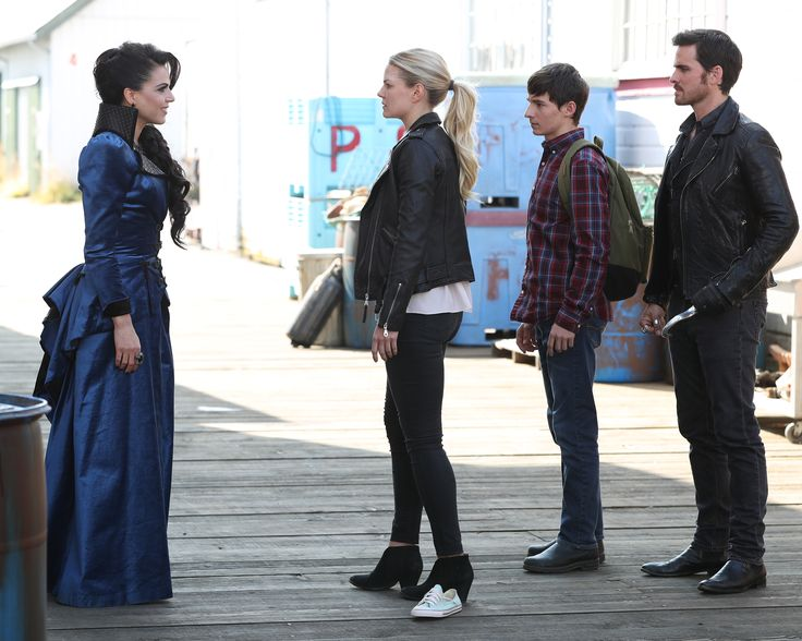 "Regina, Emma, Henry and Killian - 6 * 3 ""The Other Show"""
