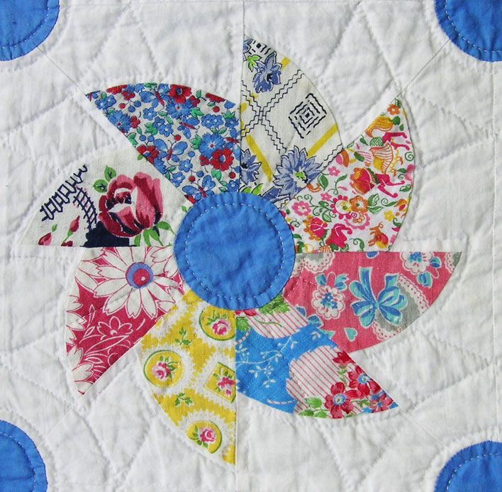 Free Twisted Pinwheel Quilt Pattern : 1000+ ideas about Pinwheel Quilt on Pinterest Pinwheel quilt pattern, Quilting ideas and Quilt ...