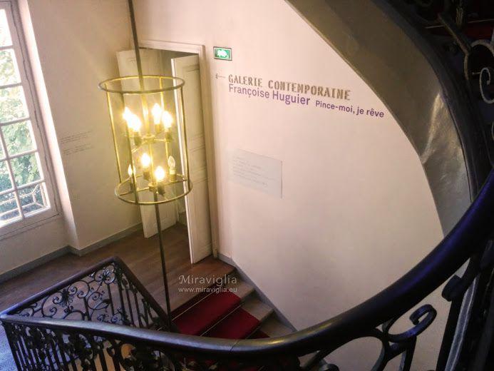 """Maison Européenne de la Photographie nel Paris, Île-de-France La """"Casa della fotografia"""" è un vero e proprio punto di ritrovo per gli appassionati. Le esposizioni d'arte contemporanea ritmano la vita del luogo durante tutto l'anno, presentando spesso le opere prese dagli sfondi, molto ricchi, del museo parigino. http://viviparigi.it/musei-esposizioni/parigi-museo-fotografia.html#informazioni"""