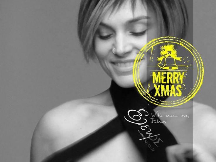 Κουλουράκια, κάλαντα, γελαστά πρόσωπα κι ελπίδα παντού... Σας ευχόμαστε καλά Χριστούγεννα μέσα από την καρδιά μας κι όλη σας η ζωή να είναι Χριστουγεννιάτικη! Χρόνια πολλά και στην Ελεωνόρα μας, ένα μεγάλο ευχαριστώ, μια αγκαλιά κι όλη μας την αγάπη... Να είμαστε όλοι πάντα καλά... Έλεως #eleonorazouganeli #eleonorazouganelh #zouganeli #zouganelh #zoyganeli #zoyganelh #elews #elewsofficial #elewsofficialfanclub #fanclub