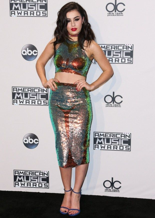 Beste Promi-Outfits bei American Music Awards 2014 Fotos