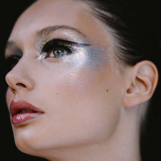 Avant Garde Makeup | Avant-garde Eye Makeup with Silver Eyeshadow