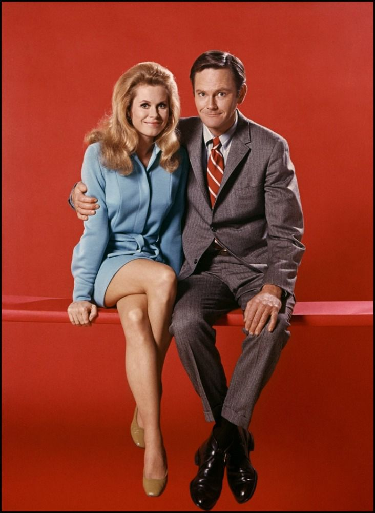 Elizabeth Montgomery & Dick Sargent in Bewitched (1964-72, ABC) — Sargent replaced Dick York in role of 'Darrin Stephens' in 1969 (Season 6). York was unable to continue with the show due to a severe back condition, the result of an accident while filming They Came to Codura in 1959.