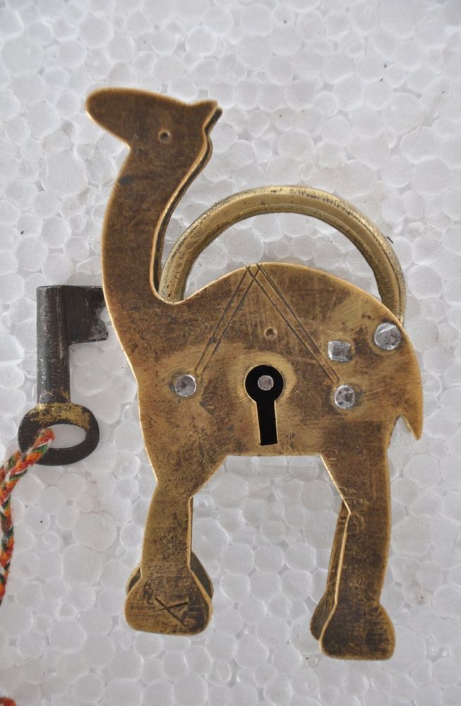 Old Brass Unique Handcrafted Camel Shape  Pad Lock , Collectible
