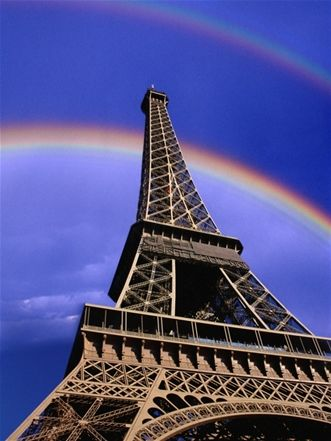 Eiffel Tower. I was there one year ago today!!  Ah....wish I was there now!!!!