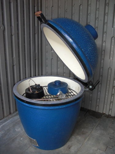 Vintage Blue  Big Green Egg ... BLUE !