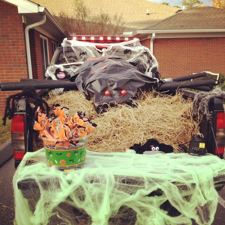Trunk Halloween Decorating Ideas: 46 Best Images About Halloween: Trunk Or Treat On