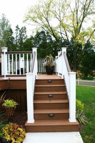 Best Azek Decking With Stair Lights Decks R Us Decks R Us 400 x 300