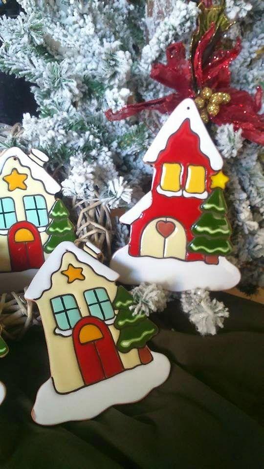 ceramica come mestiere: Casette natalizie innevate. Decorazione per la casa,