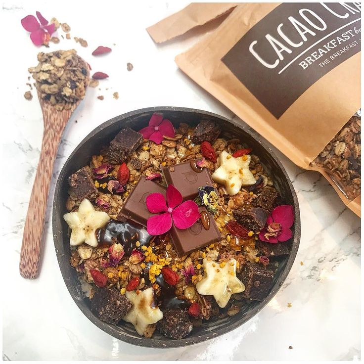 Cacao crazy breakfast this morning! Granola by Breakfast By Bella! This bowl contains Cacao Crazy granola topped with more chocolate Loving Earth chocolate, bananas, maple syrup, bee pollen, goji berries & homemade chocolate brownies! Image provided by @theplantbasedbella on Instagram ♥ ♥   Click here to view the full post: https://www.instagram.com/p/BWUQxB8j-CJ/?taken-by=theplantbasedbella