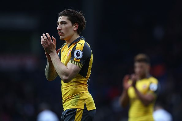 #rumors  Arsenal FC transfer news: Hector Bellerin comments on Manchester City and Barcelona interest