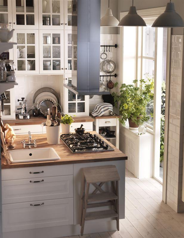 <3 Charming Tiny Kitchen | via IKEA Lidingo