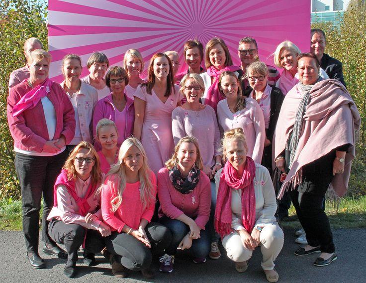 Voit lokakuun ajan osallistua PartyLiten Roosa nauha -keräykseen rintasyöpätutkimuksen hyväksi!  Voit lahjoittaa 31.10. saakka haluamasi summan keräykseemme Roosa nauha -sivustolla http://bit.ly/ZHzI9z   Yhdessä eteenpäin, tärkeän asian puolesta! #roosanauhapäivä