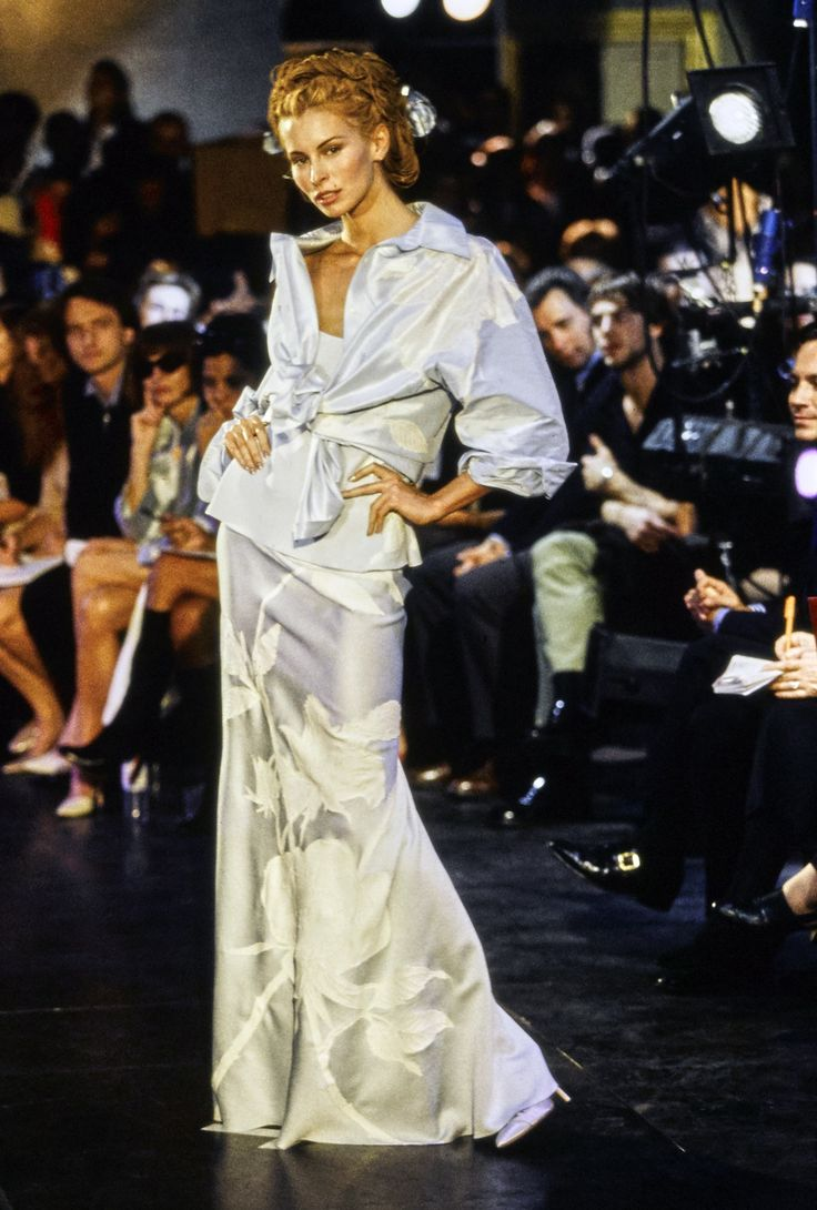 John Galliano Spring 1996 Ready-to-Wear Fashion Show - Niki Taylor