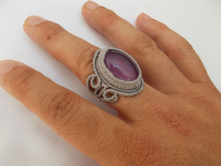 Macramè ring with amehtyst