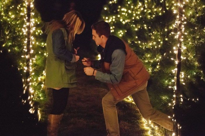 This Christmas proposal was MAGICAL. Made me cry to watch...