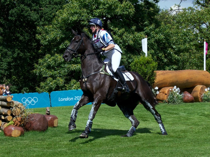 Nicola Wilson & Opposition Buzz Olympics 2012 Eventing, Team GB Silver Medal!
